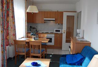 Küche und Essplatz der 38qm Wohnung