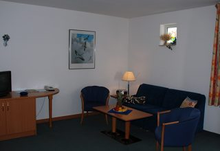 Gemütliches Wohnzimmer der 49qm Wohnung